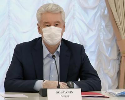Московских старшеклассников отправляют на дистанционное обучение
