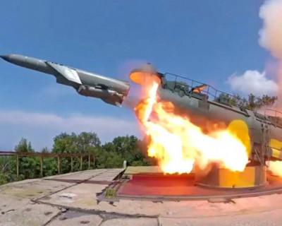 Крым защищают проверенным оружием 50-х годов прошлого века (ВИДЕО)