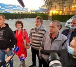 Российские моряки вернулись на родину после пяти месяцев плена