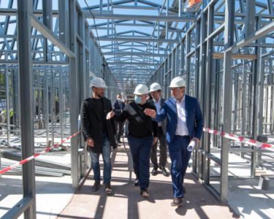 В Севастополе строят новый модульный корпус в инфекционной больнице