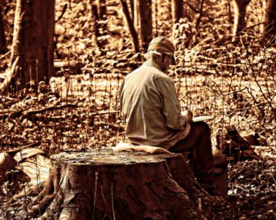 Пожилым севастопольцам продолжают оказывать помощь на дому