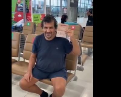 Россиянин прижился в аэропорту Бангкока (ВИДЕО)