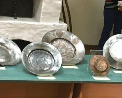 В Крымский этнографический музей передана уникальная старинная армянская посуда