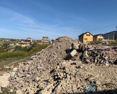 В Севастополе выявлена незаконная свалка строительного мусора