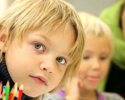 Более 2 тысяч школьников Крыма учатся дома