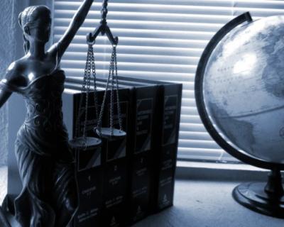 Как севастопольцам истребовать свое имущество из незаконного владения?