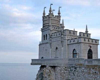 В Крыму завершается реконструкция Ласточкиного гнезда