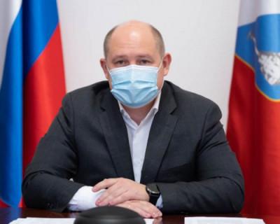 Михаил Развожаев поздравил медработников со столетием гражданского здравоохранения Севастополя