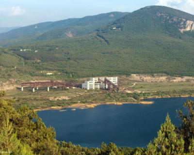 Правительство Севастополя начинает забирать воду из Кадыковского карьера и озера Гасфорта