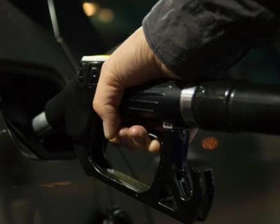 При какой стоимости бензина россияне готовы отказаться от автомобилей