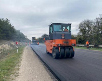 В Севастополе ремонтируют 9 километров региональной трассы