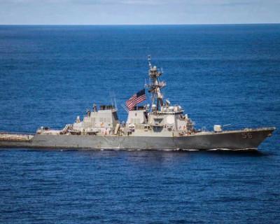 Корабль ВМС США нарушил госграницу России
