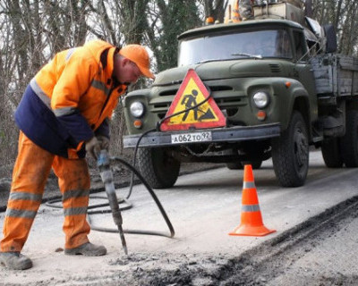 Где сегодня ремонтируются дороги в Севастополе?
