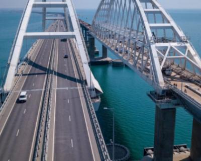 Свыше 1,2 млн автомобилей проехало по Крымскому мосту за осень