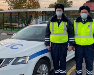 Инспекторы ДПС  Севастополя помогли задыхающемуся ребёнку