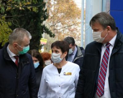 Первый замминистра здравоохранения России высоко оценил организацию медицинской помощи в Севастополе