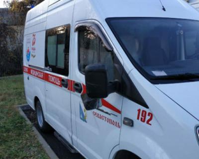 Неизвестный разгромил подстанцию «скорой помощи» в Севастополе