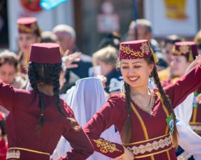 Крымские татары рассказали, как им живется в России
