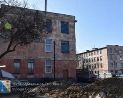 Правительство Севастополя нашло нового подрядчика для продолжения строительства школы на Северной стороне
