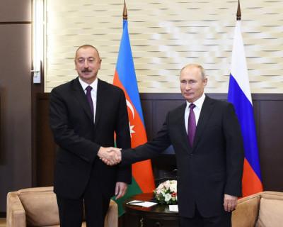 Путин поздравил президента Азербайджана Алиева с днем рождения