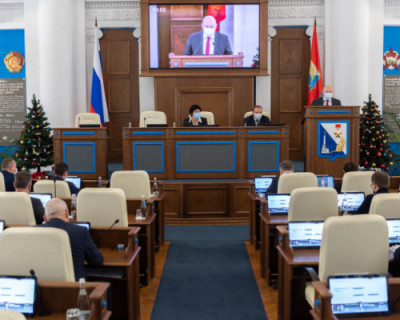 В Севастополе запущен процесс передачи управляющих компаний муниципалитетам
