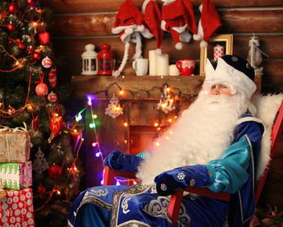 Стало известно, что россияне попросят у Деда Мороза
