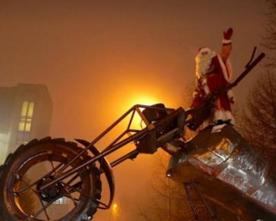 «Ночные волки» поздравили детей, отметивших новый год в больнице