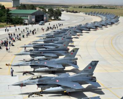 Турция создает три военные авиабазы на территории Азербайджана