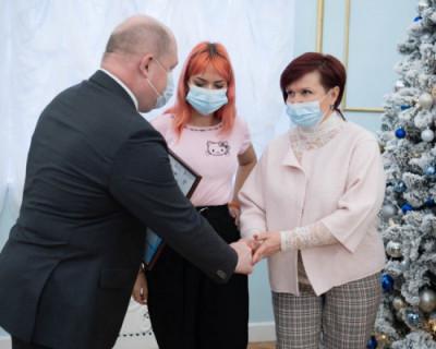 Губернатор Севастополя наградил победителей конкурса социальной рекламы «Берегите воду»