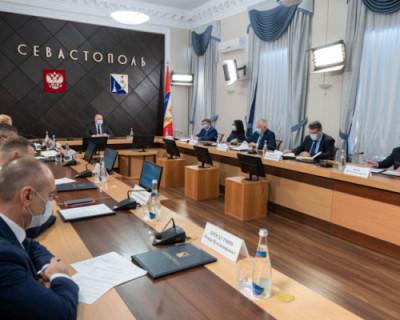 Губернатор Севастополя потребовал усилить контроль за соблюдением масочного режима в транспорте