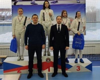 Севастопольская спортсменка выиграла турнир по фехтованию «Шпага Сибири»