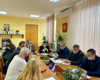 С представителями садоводческих товариществ Севастополя обсудили вопрос подачи электроэнергии