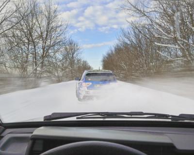 В Севастополе продолжается борьба с наледью и уборка снега