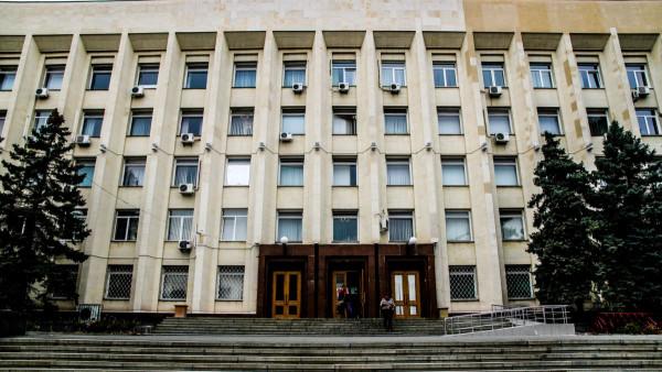 В администрации Симферополя проводятся обыск и выемка документов