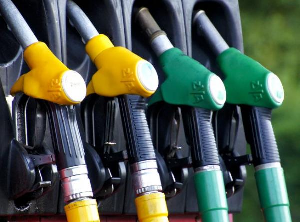 В России резко снизились запасы бензина