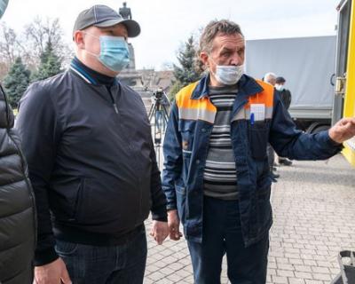 Севастопольцам показали новую коммунальную технику (ФОТО)