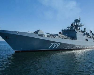 «Адмирал Макаров» и «Бастион» провели учение по уничтожению противника в Черном море