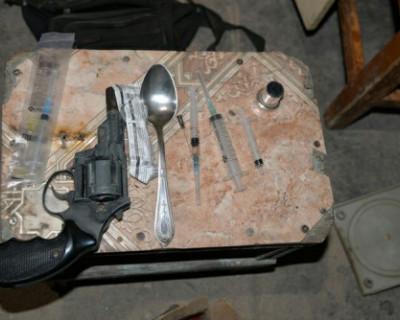 Житель Севастополя оборудовал нарколабораторию в частном доме
