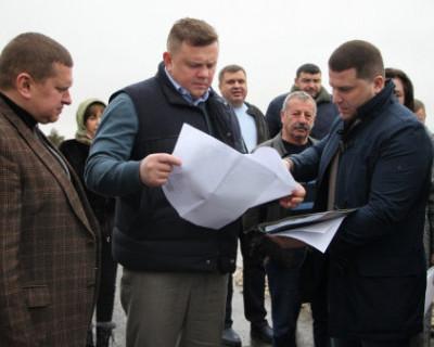 Вице-премьер Крыма Евгений Кабанов проверил ремонтные работы в Евпатории