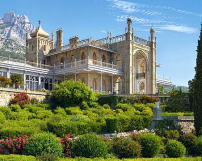 Печально известный «Меандр» обвиняют в протечке крыши Воронцовского дворца