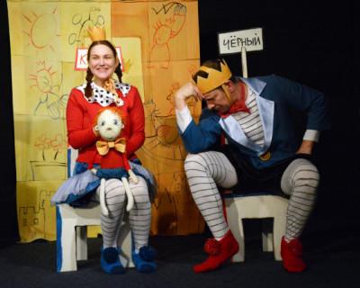 Королевская игра Театра имени Кукол прошла в ДКР