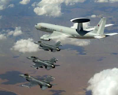 На Украине хотят отдать НАТО воздушное пространство над Крымом