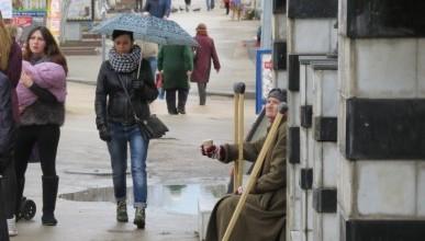 Блеск и нищета главной улицы Севастополя (60 фото)