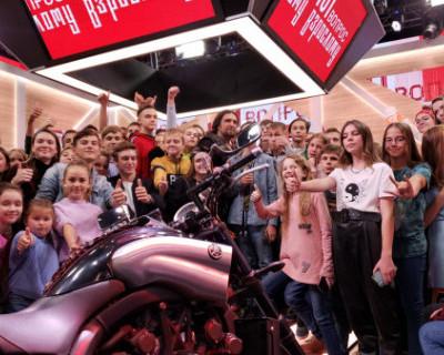 В эфире Первого канала Александр Хирург ответил на вопросы детей и рассказал о байк-шоу в Севастополе