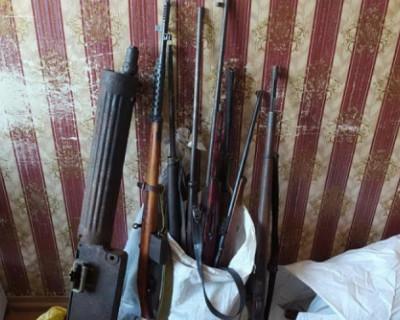 У жителя Крыма изъяли целый арсенал оружия