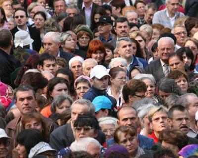 Россияне любят 8 марта больше, чем 23 февраля