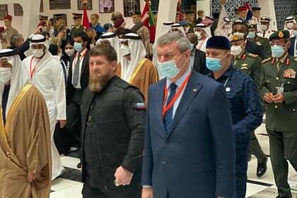 От вице-премьера Украины потребовали объяснений за фото с Кадыров