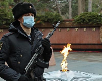 Крымчане относятся к Дню защитника Отечества как к действительно всенародному празднику
