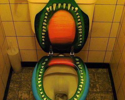 Севастопольский маршрут - от Montana до Острова. Пускают ли в туалет при севастопольских кафе?