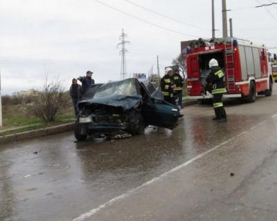Ужасное ДТП стало причиной километровой пробки в Севастополе (фото, видео эксклюзив)